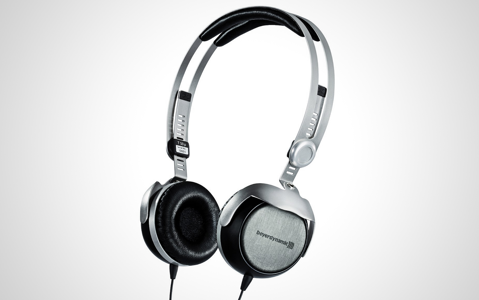 BeyerDynamic-T50_01