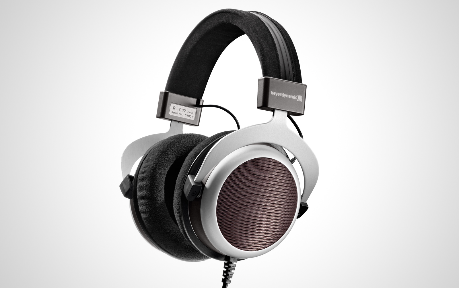 Beyerdynamic-T90-250-Ohm_01