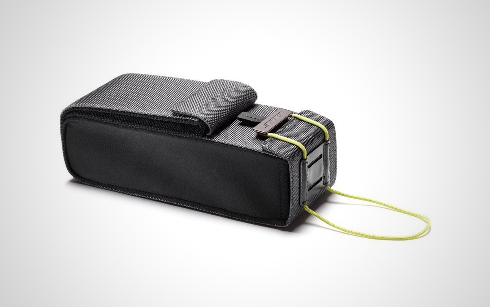 Bose-Soundlink-mini-bag_01