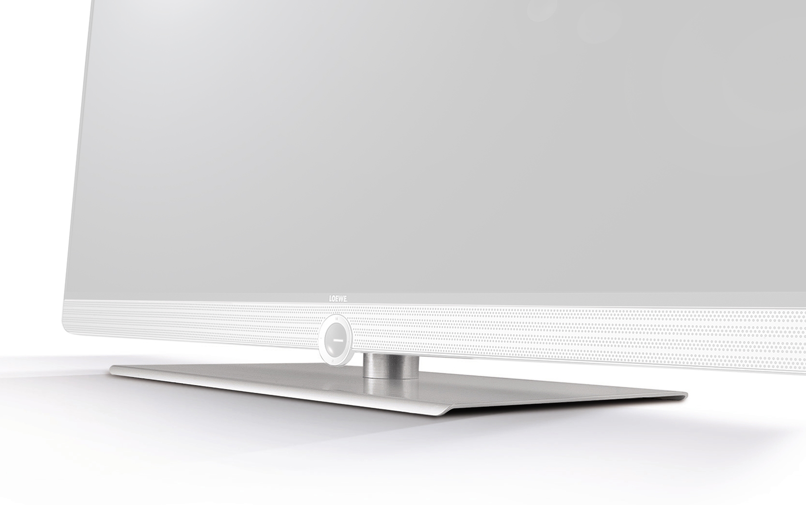 Loewe-Screen-Table-Plate_01
